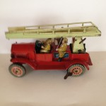 Toys; Cars; Mechanical toy; Jouet mécanique; Tinplate; Italy; Ingap